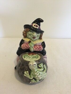 Fitz and Floyd Halloween Hoedown Witch Stacking Salt & Pepper Shakers 1992