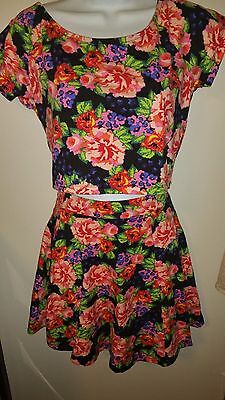 SUPER CUTE 2 piece RUE 21 floral skirt-top set size L/XL black & red new w/tags