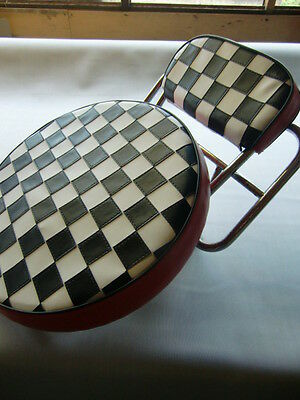 Black/White Check Red Boarder Scooter Wheel/Back Pad Cover