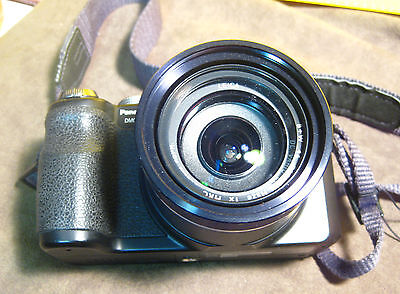 Lumix Panasonic Digital Camera Dmc-Fz18 In Excellent Condition