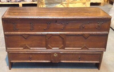 VERY RARE LARGE 17th CENTURY ANTIQUE ELMWOOD COFFER CHEST - c1660