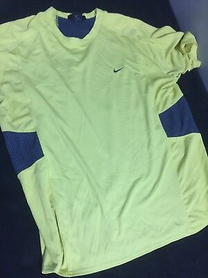 Men's Nike Sphere Vented Pale Yellow/Gray Short Sleeve Shirt, size XL