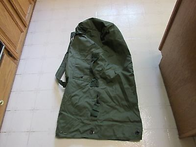 US Army Mil. Nylon Duffel Camping Survival Bat Bag MINT! Perfect for Duffeling !