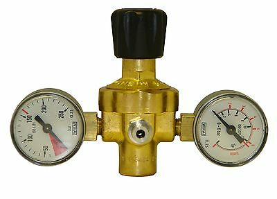Twin Gauge Regulator for use with Disposable Argon, Argon Co2 & Co2 cylinders