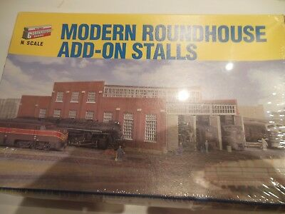 MODERN ROUNDHOUSE ADD ON KIT N scale New