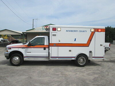2004 Ford F450 Ambulance - Emergency Vehicle