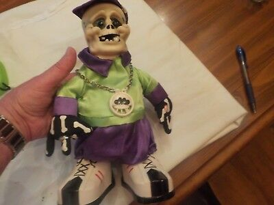Gemmy Industries Corp Battery Operated Halloween Figure Me-3742
