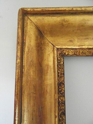 Antique French gilt frame 19 th  wood and gesso  : 56,3 cm X 44 cm