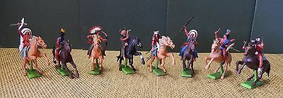 Britains Deetail 8 Indiani a cavallo