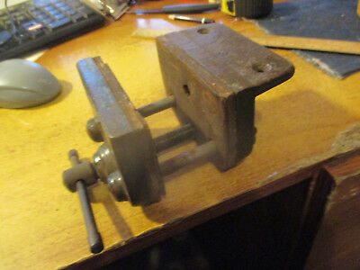 """No--1-WOOD  WORKERS   VICE  -3  3/4  """"  JAWS  1  5/8  """"   OPEN   WIDE  --TOPS"""