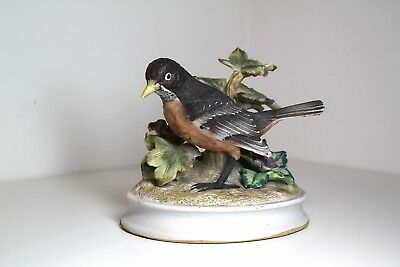 Vintage Bird Figurines Porcelain Bisque Royal Crown  Robin 11/495