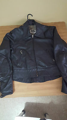 Mens Black Leather Motorcycle Jacket Made By Dbt Leathers Vgc