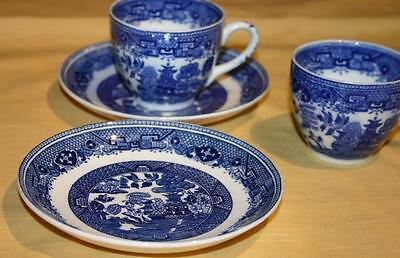 Two Victoria Porcelain Teacup and Saucers Willow Pattern