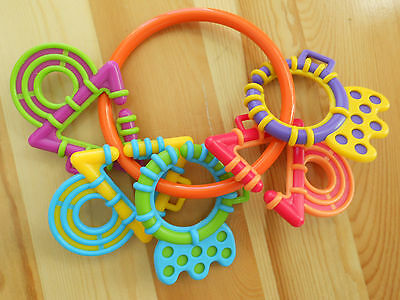 Playgro First Chewy Links Teether spinning Rings Baby Toy Teething Ring Rattle
