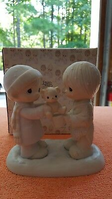 CHRISTMASTIME IS FOR SHARING, Precious Moments Figurine By ENESCO- E-0504 NB