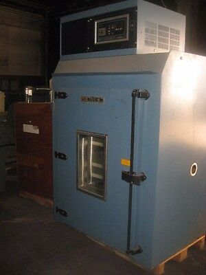 General Signal Blue M / 366BH Industrial Batch Oven. Used. Lab Laboratory
