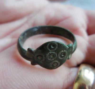 Fine Roman / Byzantine Bronze Finger Ring Central Europe 5Th-6Th C Ad