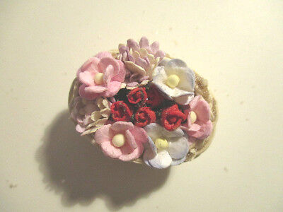 Dolls House Miniature Basket Yre