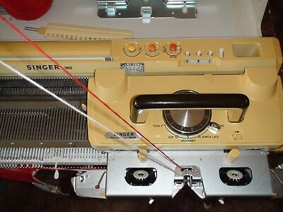 KNITTING MACHINE SINGER sk360 WITH LACE CARRIAGE
