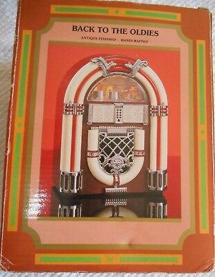 """""""BACK TO THE OLDIES"""" FM/AM RADIO in design of 1946 STYLE JUKE BOX"""