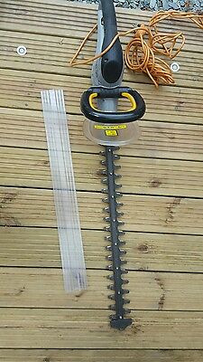 Titan electric hedge trimmers 550w 240v Used