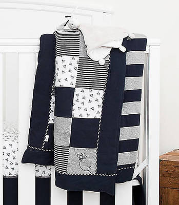 Burt's Bees Baby Organic Reversible Crib/Toddler Quilt Blueberry Honeybee