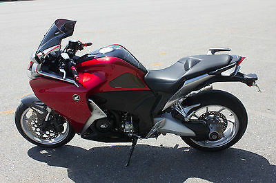 2010 Honda Other  Honda 2010 VFR 1200F with manual ABS