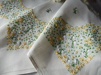 Vintage Embroidered Tablecloth - Delicate Raised Embroidered Snowdrops & Daisies