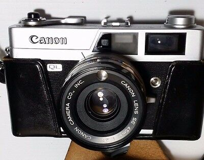 Canon Canonet QL25  w/45mm F2.5 Lens  and Case  Excellent