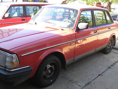 1993 Volvo 240  1993 Volvo 240 sedan with 106K actual miles at no reserve, drive away condition