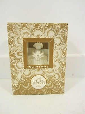 """Iris Angel Margaret Furlong 1997 Special Edition Collectible 4"""" Porcelain Shell"""
