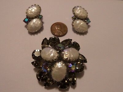 Vintage Brooch And Clip On Earrings Set From Old Lady