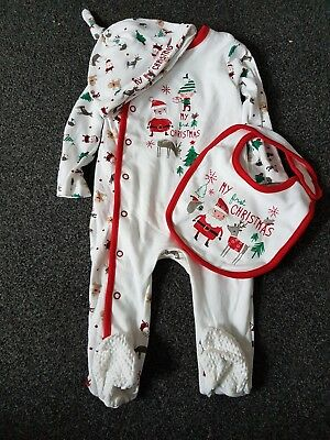 Baby's first Christmas outfit, 6-9 months