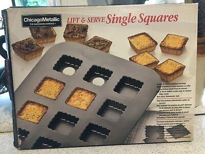 Chicago Metallic Bakeware Lift And Serve Single Squares
