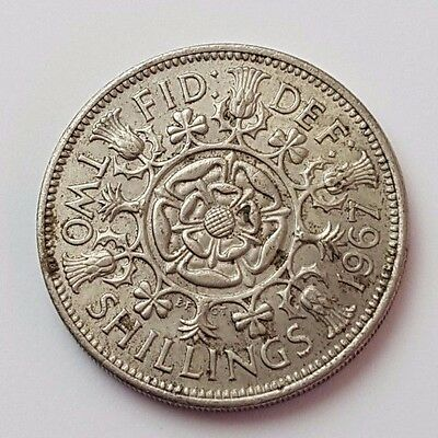 Dated : 1967 - Florin / Two Shillings Coin - Great Britain - Queen Elizabeth II