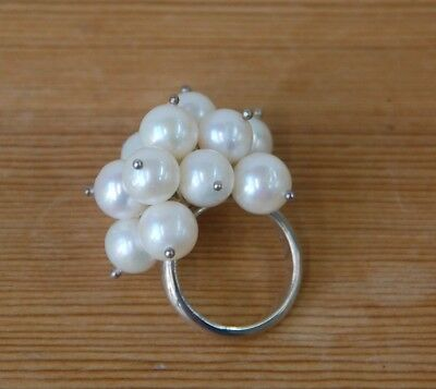 Handmade Freshwater Pearl and Sterling Silver Ring (D4G)
