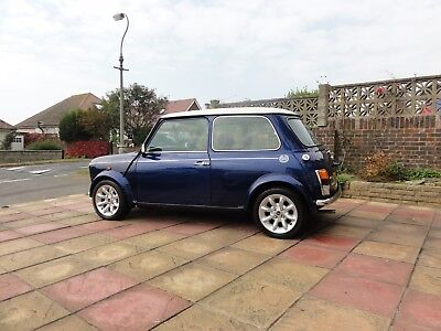 Classic Rover Mini Cooper Year 2000, very low mileage