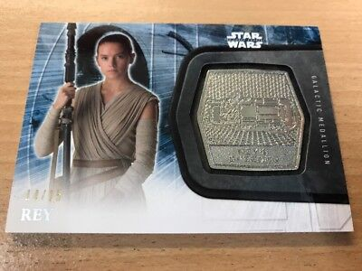 Star Wars The Force Awakens Series 2 Rey 14/15 Platinum Medallion Card (RARE)