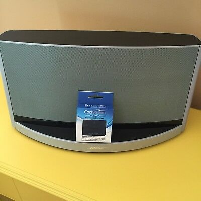 Bose SoundDock 10 Bluetooth Adapter with 30 Pin Connector by CoolStream
