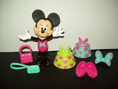 Minnie Mouse Bow tique Snap & Style Minnie Doll with Accessories