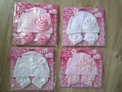 BABY GIRL NEW BORN -3-6 Months FLOWER BOW HAT & SOCK GIFT SET WHITE PINK