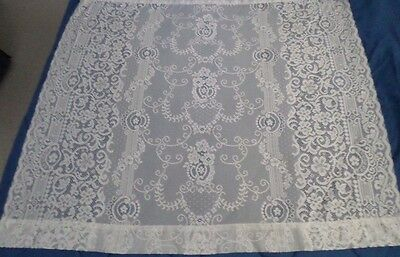~~~VINTAGE LACEY BRIGHT WHITE FLORAL POLY TABLE CLOTH 54  x 60 NWOT~~