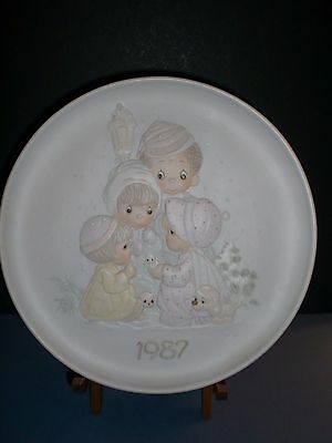 Enesco 1987 Precious Moments Christmas Plate by Sam Butcher