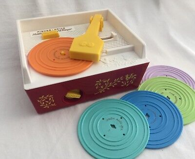 Vintage Fisher-Price Music Box Record Player w/ 5 Records 10 Songs