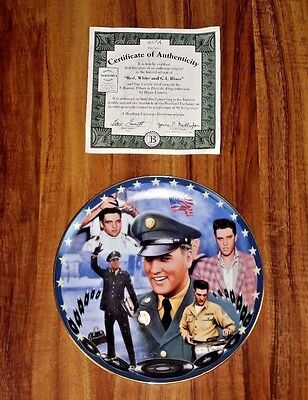 """Bradford Exchange Elvis Musical Plate """"Red White and G.I. Blues"""" With COA 1994"""