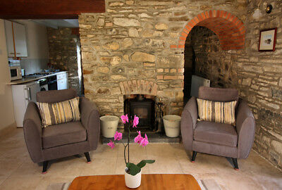 Holiday Cottage Organic Farm, Pembrokeshire. Sleeps 2 Adults, 4 Children +Infant