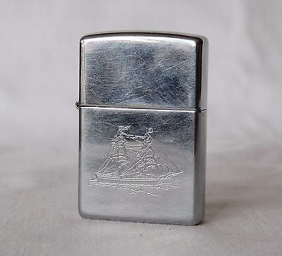 Vintage 1998 Zippo Navy Ship lighter metal chrome windproof