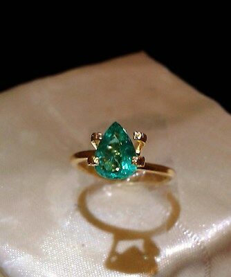 Colombian Emerald - 1.10 cts - + FREE Pair of Zambian Emeralds- FREE INT. POST!