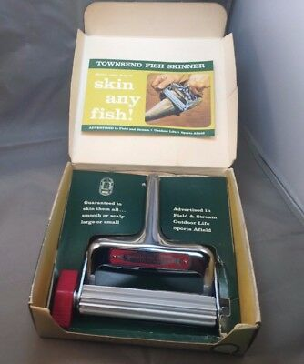 Vintage Townsend Fish Skinner In Original Box With Instructions USA Nice