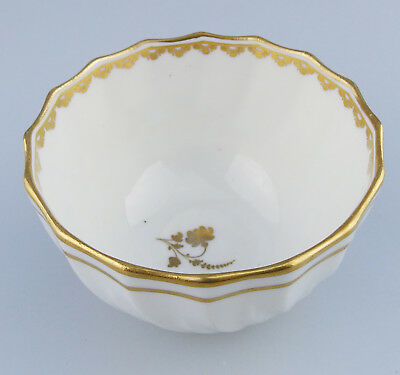 Derby Antique English Porcelain A good quality Tea Bowl : late 18th/early 19thC